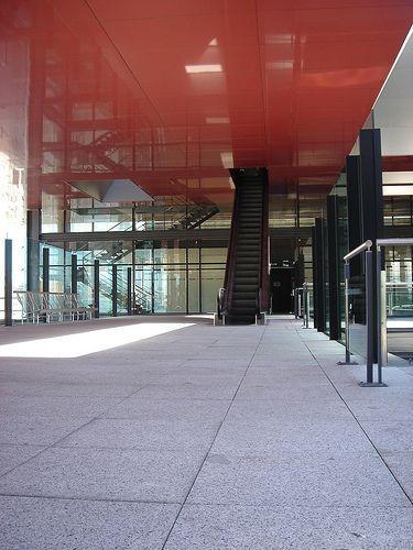 semicubierta metálica en la terraza de la ampliacion del MNCARS | Jean Nouvel