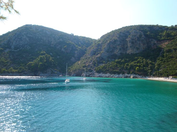 Turquoise waters of Limnonari Bay (Λιμνονάρι)