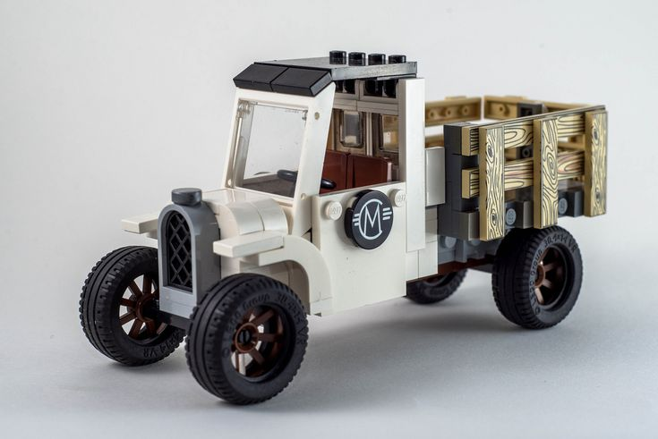 Carl Merriam's Old Lego Truck