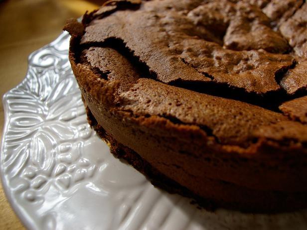 Craggy Chocolate Cake Recipe : Laura Calder