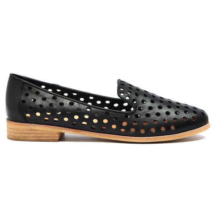 QUEFF #aw15 #shoes #fashion #mollini #mollinishoes #flats #heels #boots #womensfashion