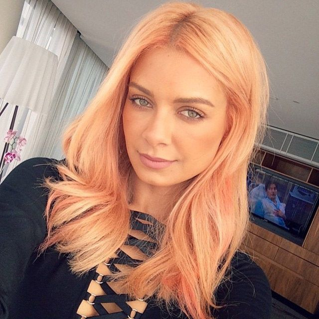 Orange, yellow and peach color, hair color mixture. I love this hair color. In recent years a very popular hair color. Directions Manic Panic hair color can achieve this with Hair dyes. Share the...Share the joy