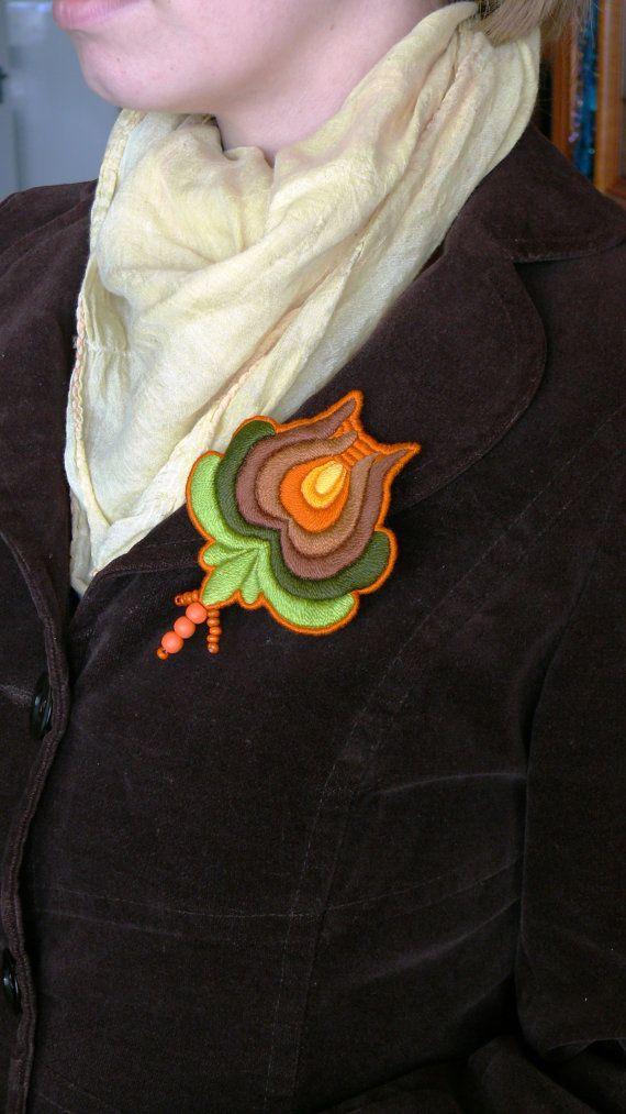 Hungaian Matyó folk rose brooch fully coloured by mokavicka