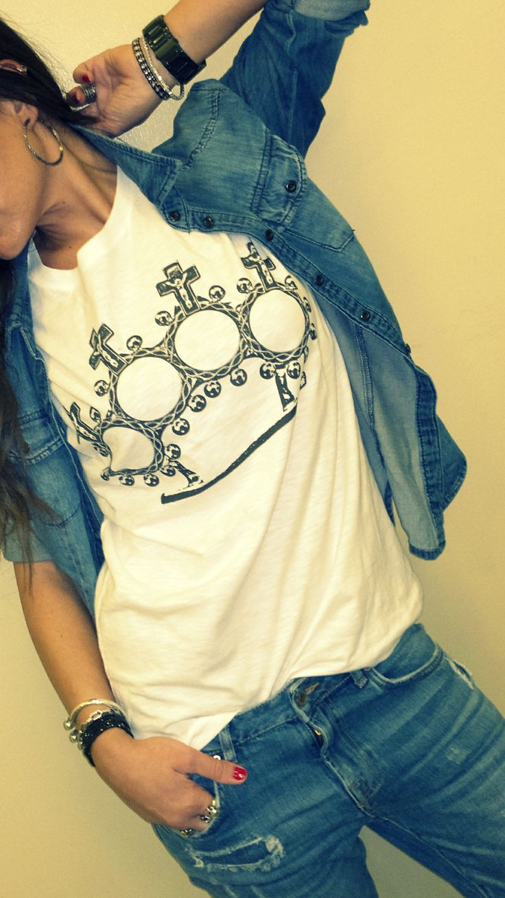 I want you BAD! T-shirt uomo anche per LEI... #Grungemood #tshirt - http://www.babirusa.it/products/faith-brass-knukles