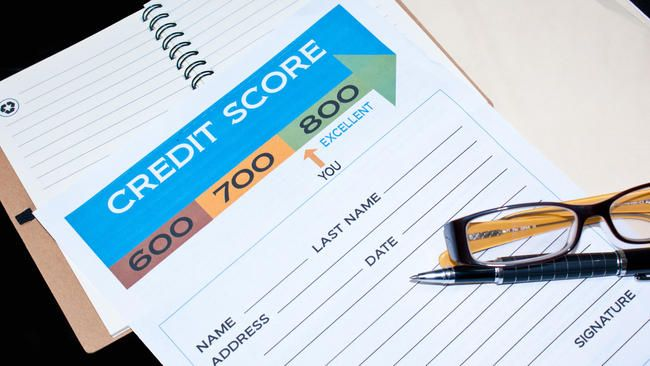 Average credit score for homebuyers falls to 723