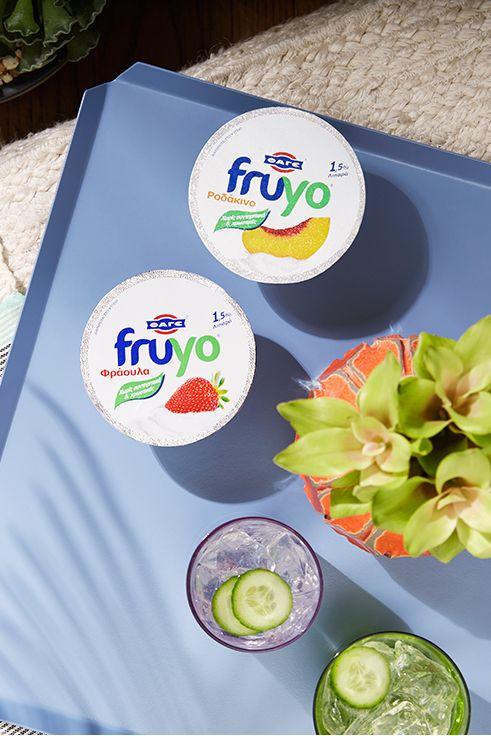 Fruyo Φράουλα και Fruyo Ροδάκινο. Κρατάνε το καλοκαίρι δροσερό!