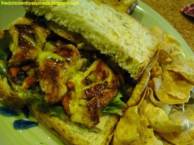 Fried Chicken for the Soul.: Tagbilaran City: The Buzzz Cafe's Roast Chicken!