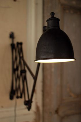 Extensible Wall Lamp. Perfect for reading!