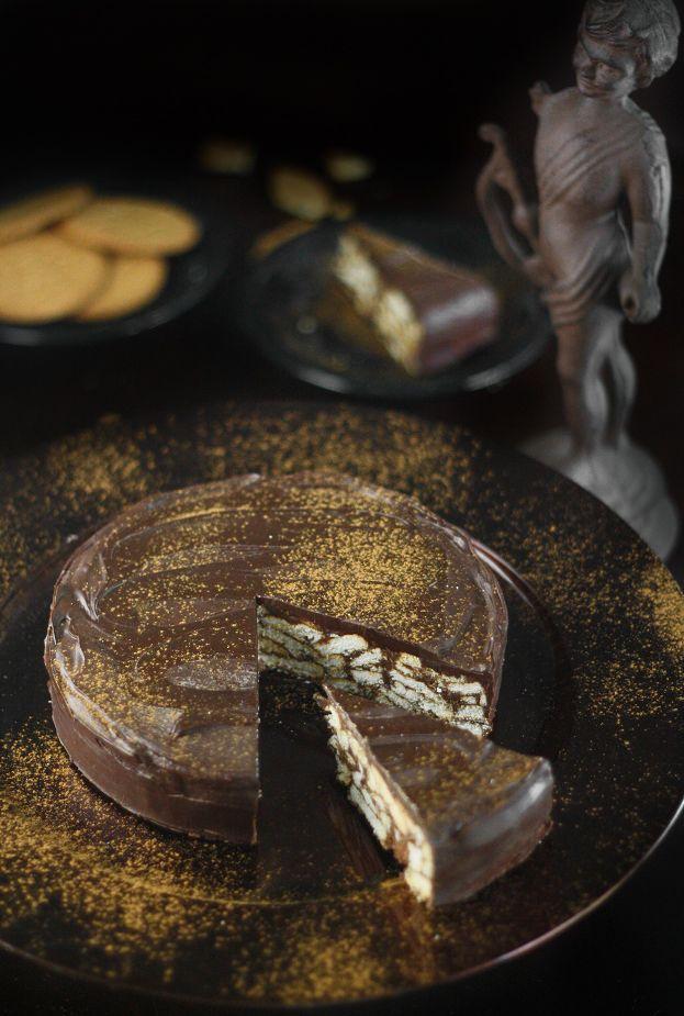 refrigerator cake: Princewilliam, Prince Williams, Chocolate Biscuit Cake, Cakes Recipes, Savory Recipes, Chocolates Biscuits Cakes, Groom Cake, Williams Grooms, Grooms Cakes