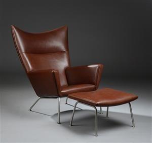 Lænestole - køb og salg af moderne, nyt, antikke og brugte - Hans J. Wegner. 'Wing Chair' lænestol model CH445 med fodskammel model CH446 (2) - DK, Herlev, Dynamovej