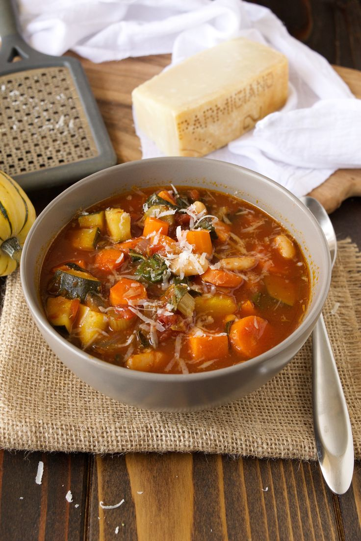 Autumn minestrone soup - Not just for Autumn, this soup hearty enough to be a complete meal anytime the weather is cool. There's no reason to buy canned soup when you can make a batch of this soup and keep it in the fridge or freezer.