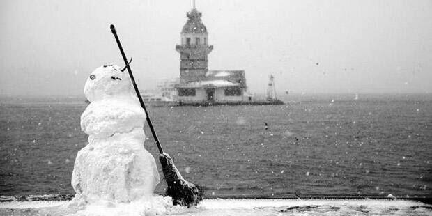 Visitare Istanbul anche in inverno I periodi migliori per venire ad Istanbul, per me, rimangono sempre o la primavera o l'autunno. In inverno potete ammirare lo stesso una città che conserva tutto il...