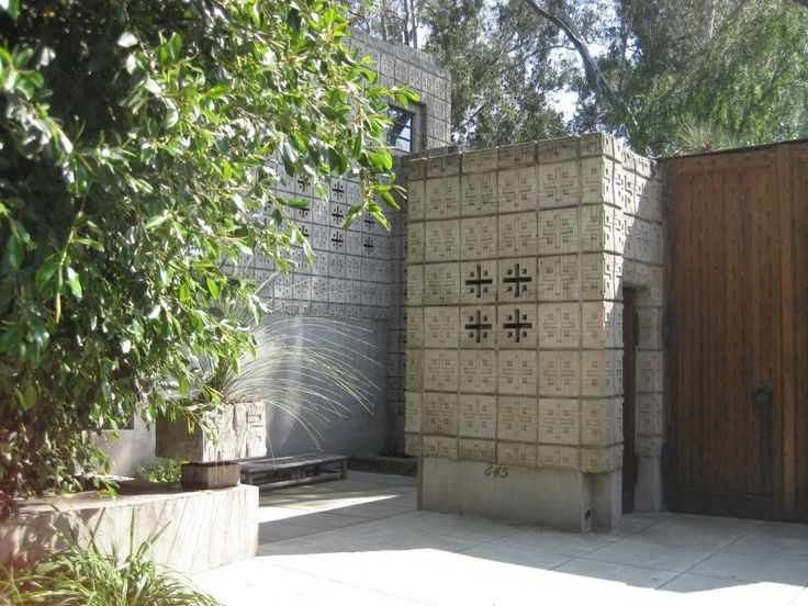 Millard House 1059 best frank lloyd wright, textile block period/ mayan inspired