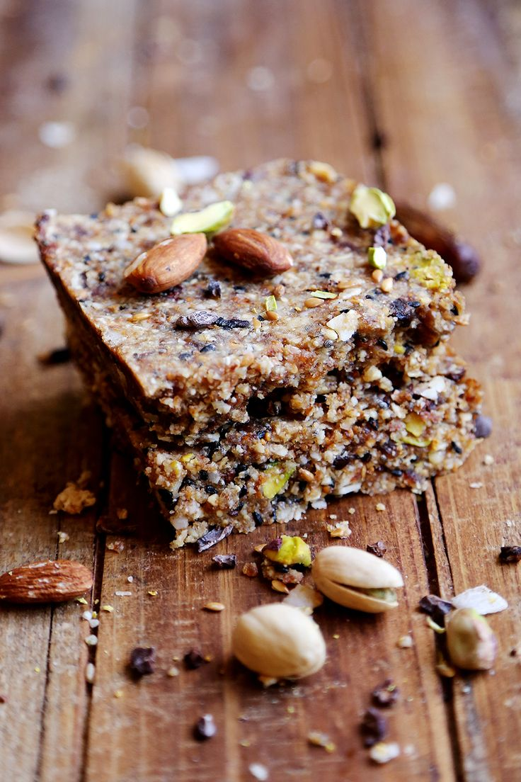 OMGosh! These Crunchy Fig and Nuts Energy Squares from Susanna at Divine Healthy Food look amazing!!! Since going gluten-free, egg- and dairy-free, it's one thing I really miss: seedy muesli cookies. And hadn't yet found a replacement for. I think this might be it!!!!