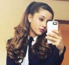 Ariana Grande SELFIE OOPS! ''Is That What We Think It Is?''