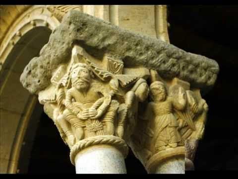 Fotos de: Gerona - Girona - Ripoll - Capiteles del Claustro del Monaster...