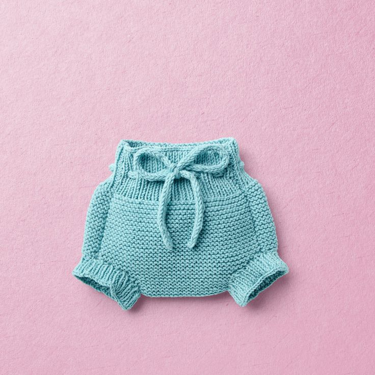 ISOBEL KNIT KIT for baby knit panties in garter stitch pattern