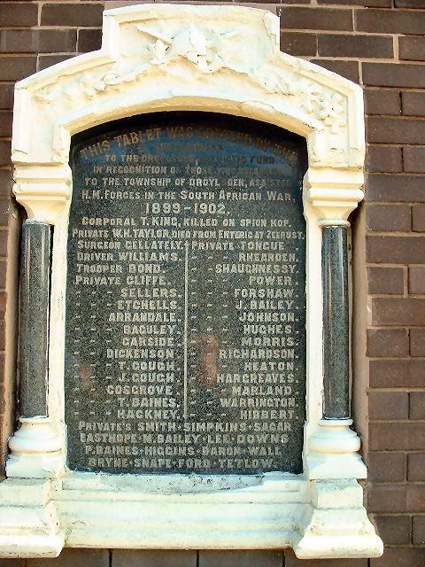 DROYSLDEN SOUTH AFRICAN (BOER) WAR MEMORIAL