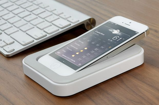 Saidokā Bluelounge's new charging dock angles the iPhone for optimal use #tbt