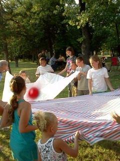 Water balloon sheet toss
