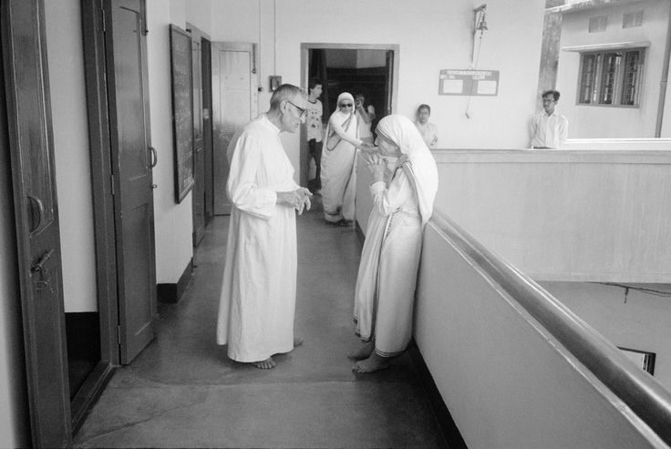 a look at the charity work of mother theresa The body of mother teresa is carried by soldiers near the missionaries of charity  at the end of her funeral procession in calcutta, sept 13, 1997 mother teresa.