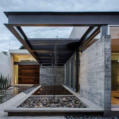 TCH House: Location: Aguascalientes, Aguascalientes, Mexico Year of Construction: 2015  Architects: Arkylab  The…