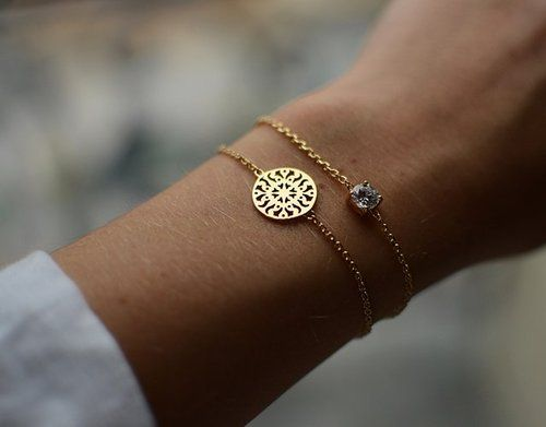 This would go perfect with my monogram bracelet :)