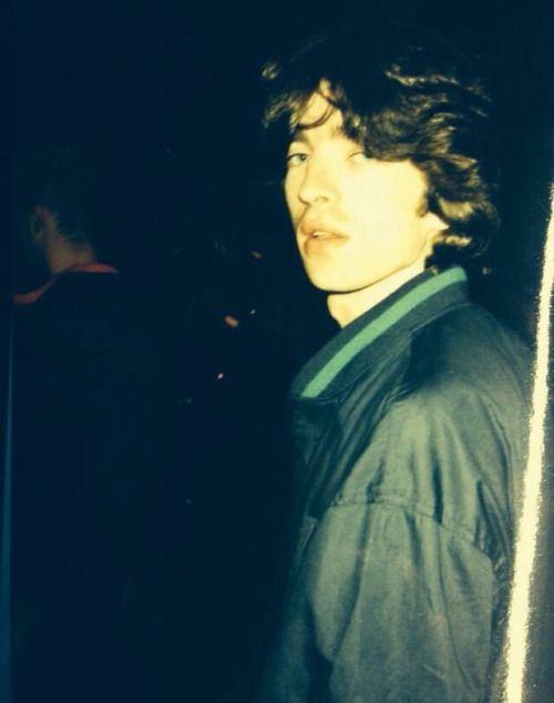 grooveharder: Noel Gallagher as a roadie for the... - SHITELIFE SUPERNOVA