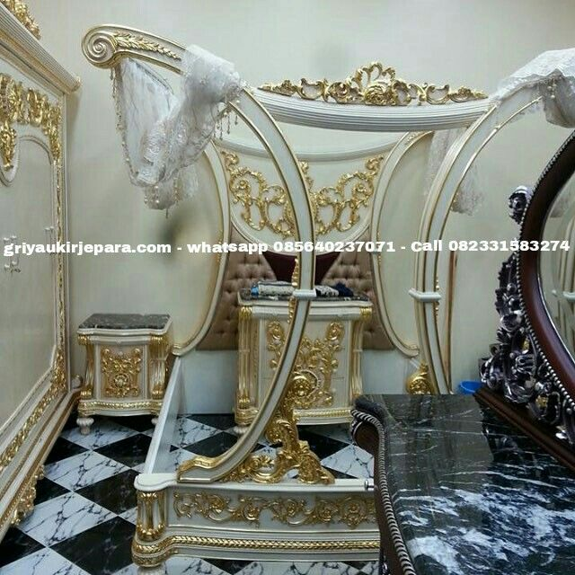 Master Bedroom klasik Alexandria  Whatsapp 085640237071 Call 082331583274