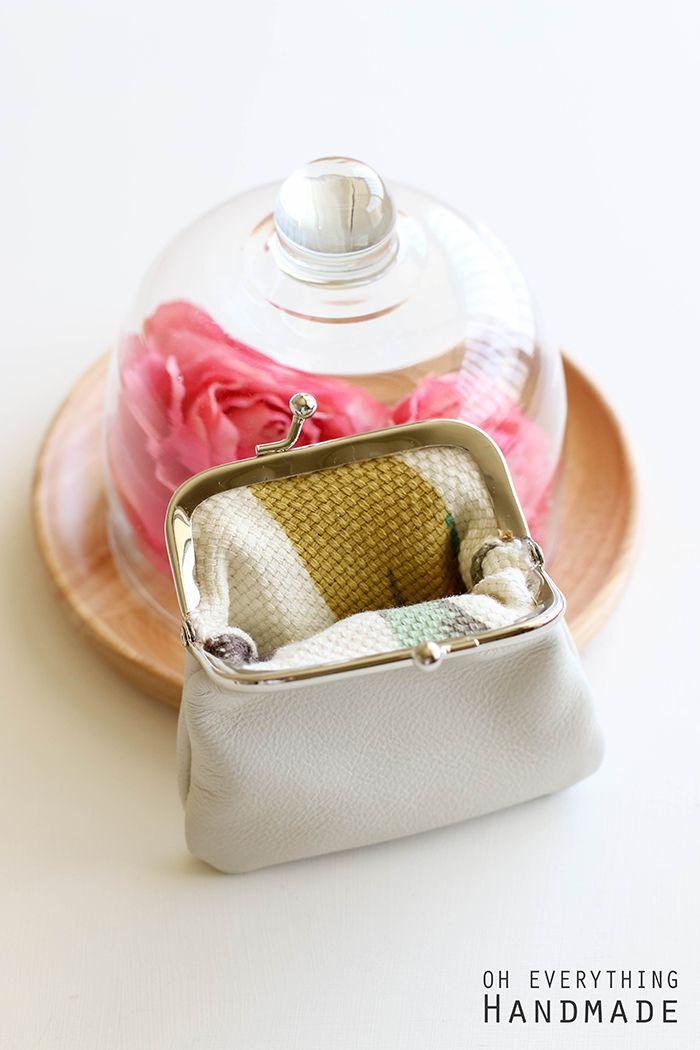 Leather Coin Purse - Open coin purse