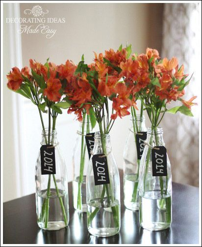 Red and blue flowers with 2015 label orange and blue for 2015 graduation decoration ideas