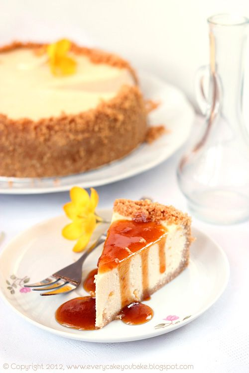 Honey-orange cheesecake with ricotta cheese and syrup