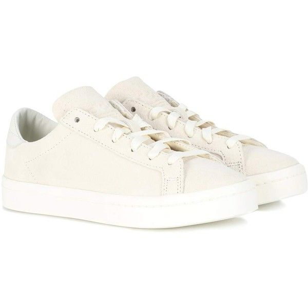 Adidas Originals Court Vantage Suede Sneakers ($125) ❤ liked on Polyvore featuring shoes, sneakers, neutrals, adidas originals, adidas originals shoes, ivory shoes, suede shoes and suede trainers