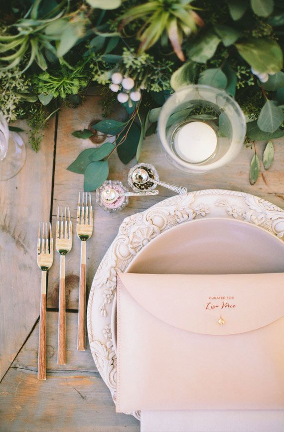 Casa de Perrin dinner party | photo by Paige Jones | Read more - http://www.100layercake.com/blog/?p=66557