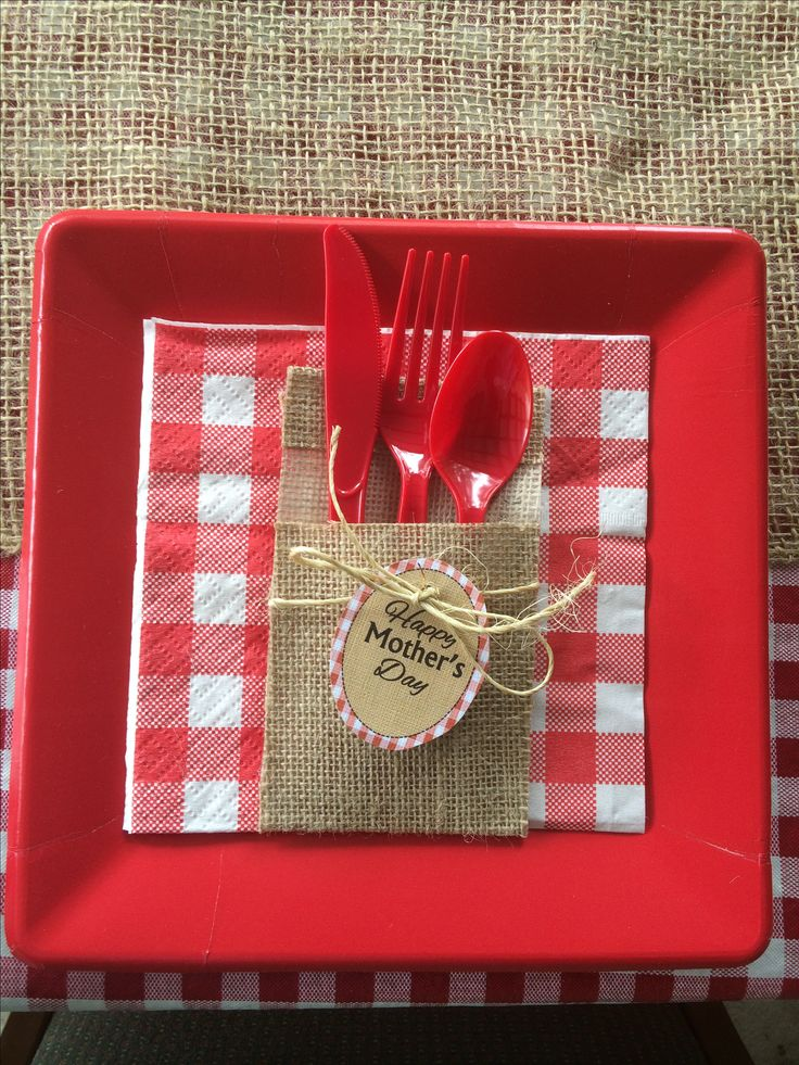 Camellia Events|Mother's Day picnic table setting| picnic decor, red gingham, plate settings, handmade DIY burlap napkin holders using laminated burlap, red plate settings