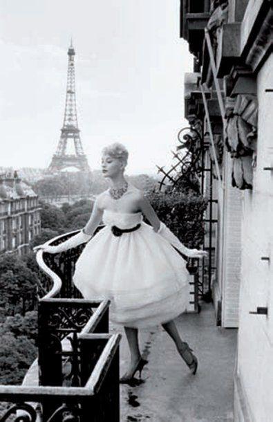 Yann Le Mouel . Mannequin a la Tour Eiffel, 1958, by Christian Lemaire