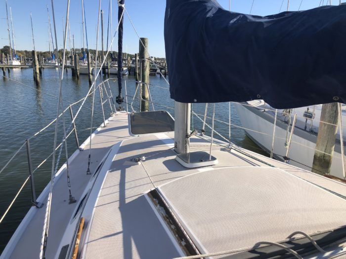 Catalina 30 Sailboat For Sale In 2020 Sailboats For Sale Sailing Yachts For Sale Yacht For Sale