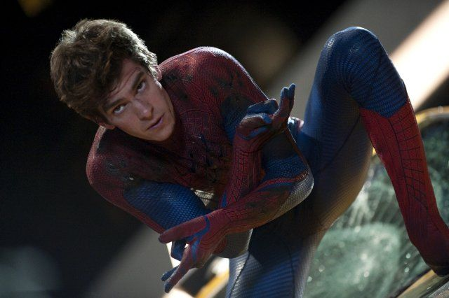such a cutie.Boxes Offices, Amazing Spiders Man, Comics Book, Spider Man, Movie, Amazing Spiderman, Andrew Garfield, Android App, Andrewgarfield