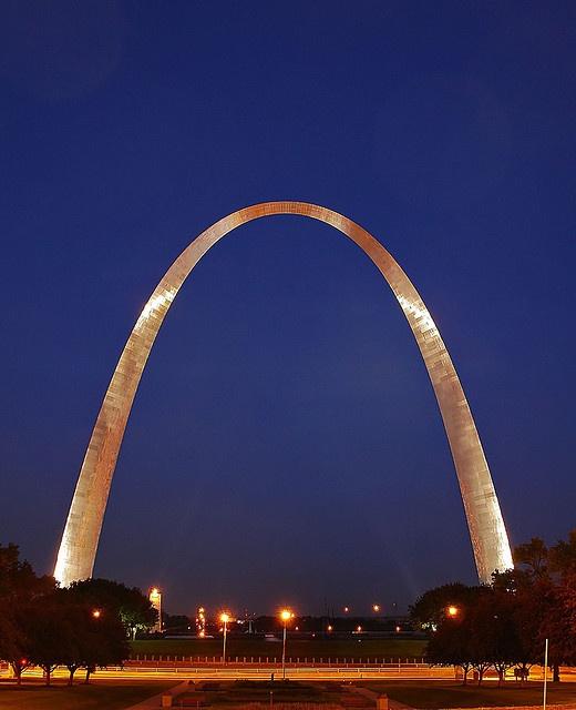 St. Louis Hookups - The 3 Best Sites to Hook Up - Online Hookup Sites