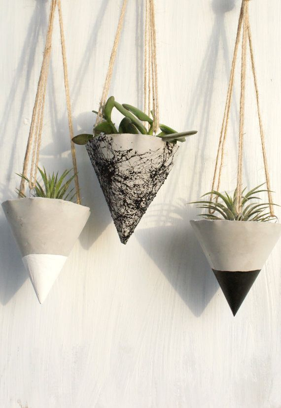 Beautiful Hanging planter for your small plants, no hole for the water at the bottom, wonderful for outdoor and indoor , made of gray concrete. Painted with marble spray, with white acrylic paint or black acrylic paint.  Hanging rope included.  This listing includes SET OF 3 planters.  Height: 3 inches  The plants are NOT included  If you have any questions and wishes please contact me, thank you in advance !!  If you want to order more pieces of any product in my shop, please contact me and…