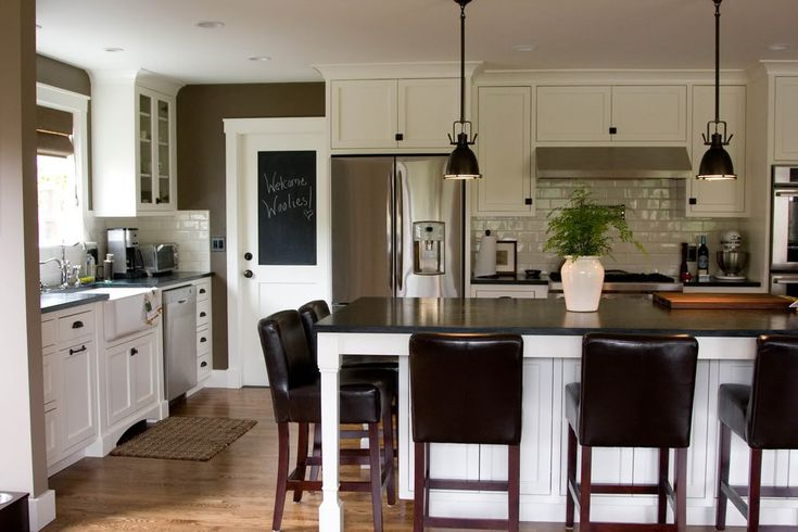 , Farmhouse Sinks, Chalkboards Doors, White Cabinets, White Kitchens