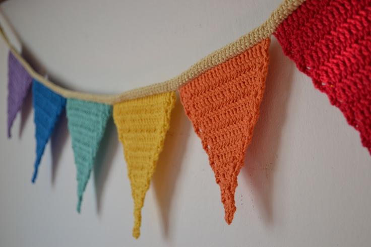 Banderin en crochet , encontra mas en www.facebook.com/laschinitastejen
