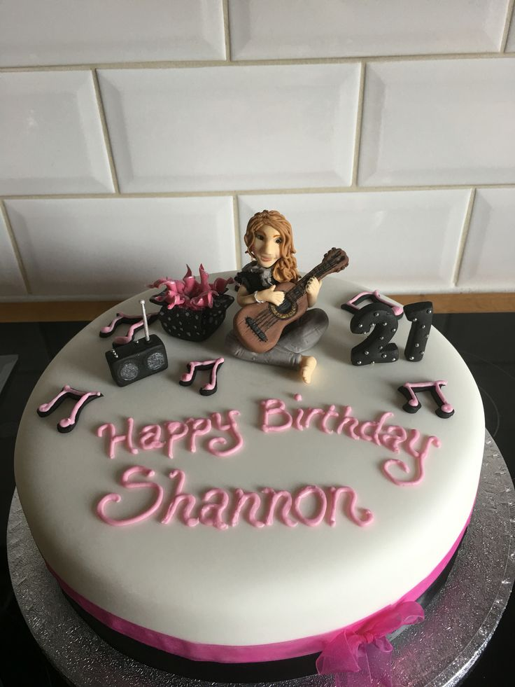 Best 25 Sweet 16 Cakes Images On Pinterest 16th