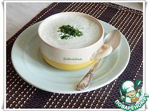"""Суп """"Летний"""""""":      Огурец — 500 г     Сырок плавленый — 100 г     Сливки ( 10%) — 125 мл     Зелень (любая, по вкусу)     Чеснок (по желанию)     Соль (по вкусу)     Перец черный (по вкусу)"""