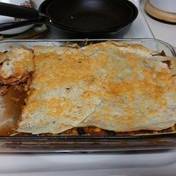 Best 25 mexican quesadilla ideas on pinterest mexican food quesadillas and casseroles meet in this fairly easy recipe for feeding many mouths hungry for mexican style comfort food forumfinder Gallery