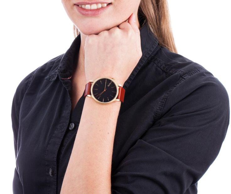 Montre Komono. Montre Femme. Bracelet en cuir cognac. Montre rétro.