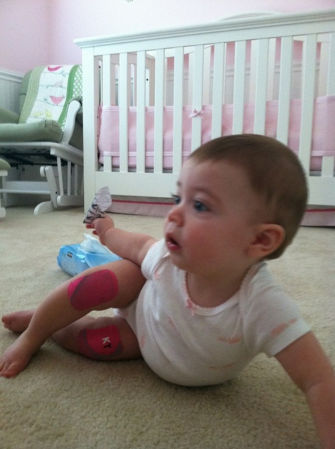KT Tape Pro prevents carpet burns for babies