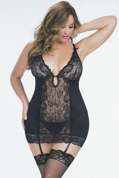 www.curvynbeautiful.com