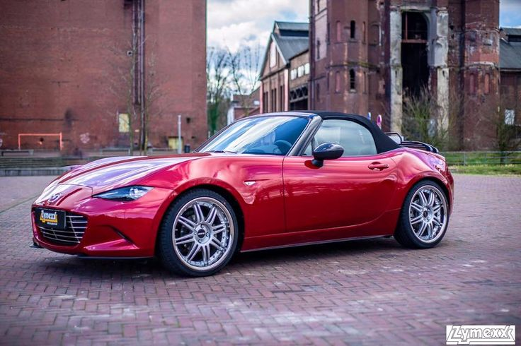https://www.facebook.com/photo.php?fbid=10209074438926353  Posted by Ernst J. Zymelka  to the Mazda mx5 owners club page on Facebook