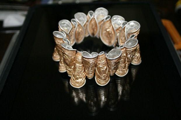 Upcycling Nespresso Capsules - 15 Easy DIY Ideas - craft bracelet aluminium recycling